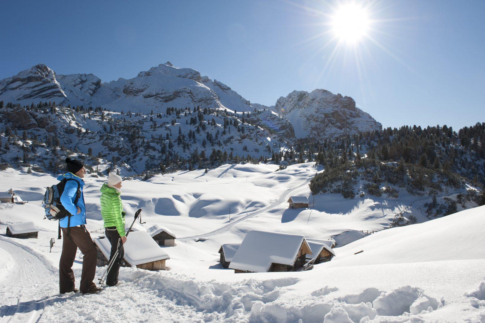 Winter_hiking_copyright_TVB_Kronplatz-Photo_Helmuth_Rier_20120221_4047_Sennes-Senes